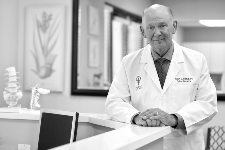 The Leader Of Minimally-Invasive Spine Surgery & Regenerative Cell Therapy
