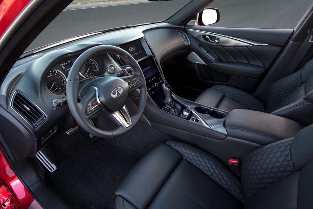 Infiniti Q50 steering wheel and dashboard