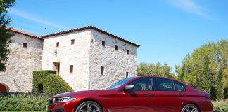 BMW 550i side view