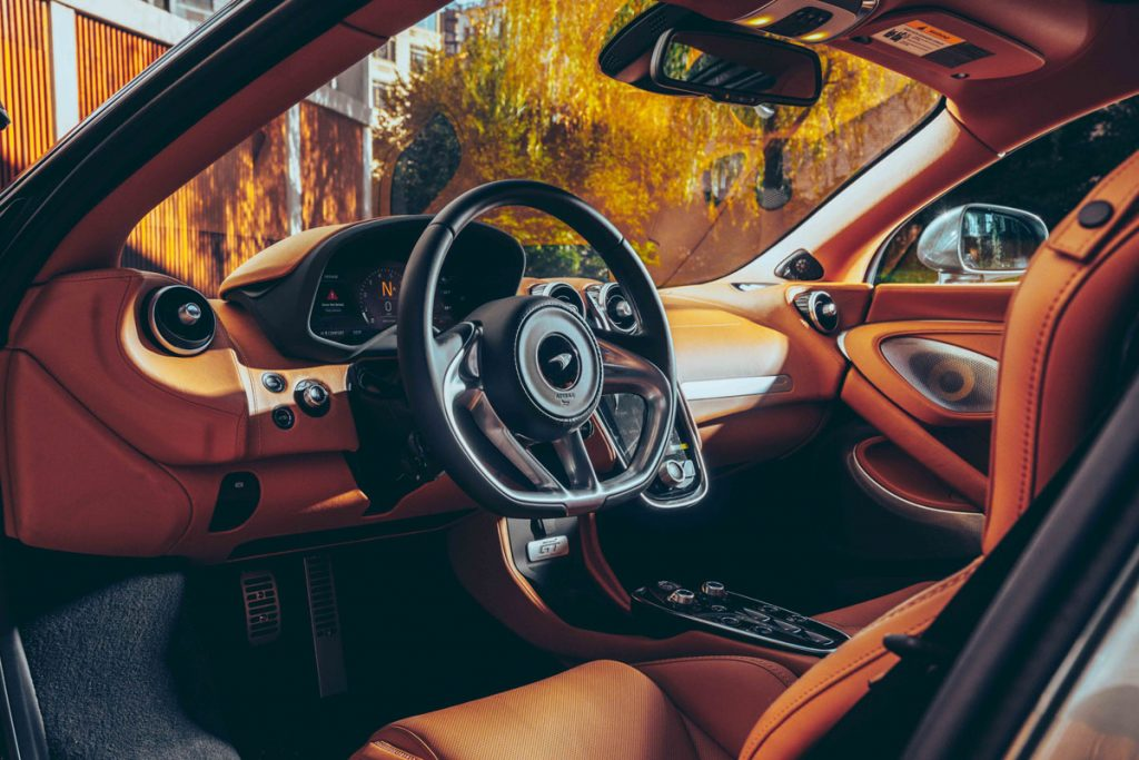 McLaren GT FLI High Road