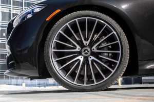 2021 Mercedes-Benz S-Class sedan wheels