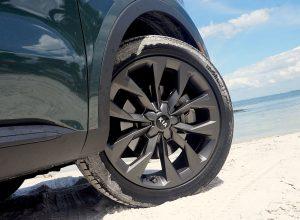 High Road Kia Sorento wheels